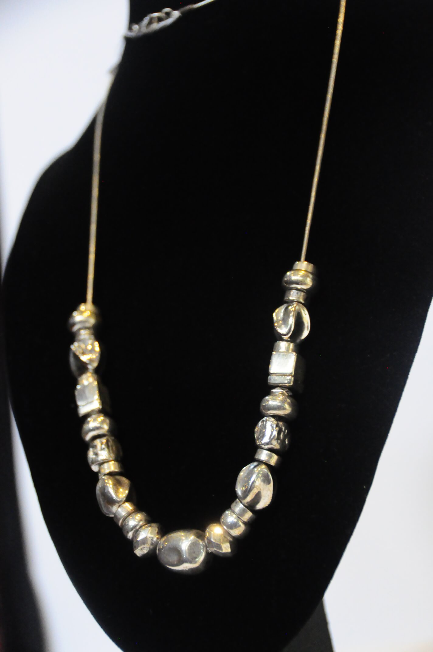 Jewelry Necklace Silver Assorted Silver Beads 28L 36.3g